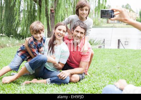 Mittels Digitalkamera Foto Familie, persönliche Perspektive - Stockfoto