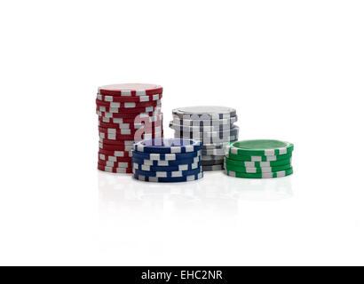 Glücksspiel Chips über weiß - Stockfoto