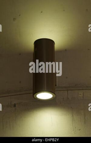 Designer-Leuchte an der Wand - Stockfoto