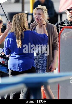 """Courtney Love gesichtet Dreharbeiten einer der letzten Episoden von der Erfolgsshow """"Sons Of Anarchy"""" mit co-Star - Stockfoto"""