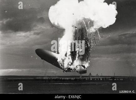 Die Hindenburg-Katastrophe fand am Donnerstag, 6. Mai 1937, als die deutschen Pkw-Luftschiffs, die LZ 129 Hindenburg - Stockfoto