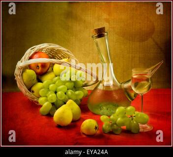 Schönes Stillleben mit Früchten in roten Farben - Stockfoto