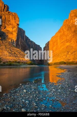 Big Bend National Park in Texas ist das größte Naturschutzgebiet der Chihuahua-Wüste der Vereinigten Staaten. - Stockfoto
