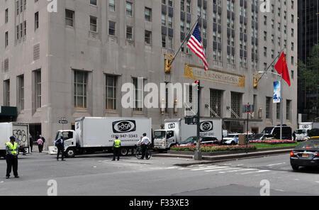 New York, Vereinigte Staaten von Amerika. 28. Sep, 2015. Hotel Waldorf Astoria in Manhattan, wo Tschechische Präsident - Stockfoto