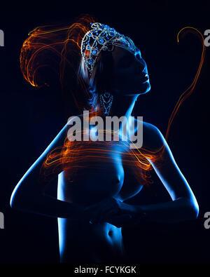 Model posiert mit Krone - Stockfoto