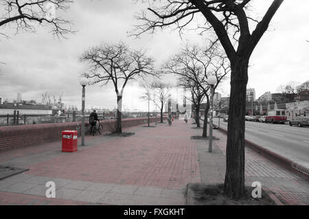 eine rote Promenade in hamburg - Stockfoto