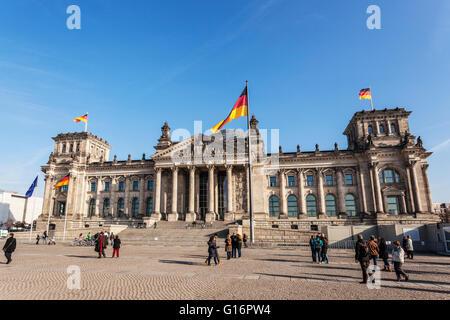 Deutschen Parlament Gebäude Reichstag in Berlin, 1882 Architekt Paul Wallot, gläsernen Kuppel von Sir Norman Foster - Stockfoto