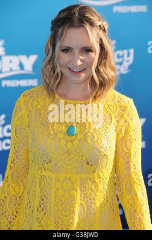 Hollywood, CA, USA. 8. Juni 2016. 8. Juni 2016 - Hollywood. Beverly Mitchell. Anreise für die Welt Premiere des - Stockfoto