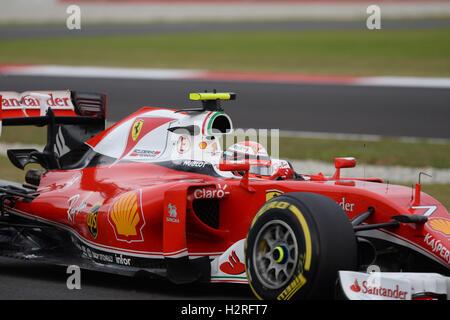 Sepang, Malaysia. 1. Oktober 2016. Finnische Scuderia Ferrari Fahrer Kimi Räikkönen fährt während des Qualifyings - Stockfoto