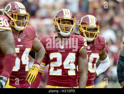 Landover, Maryland, USA. 2. Oktober 2016. Washington Redskins Cornerback Josh Norman (24) wartet auf die Cleveland - Stockfoto