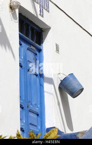 Spanien, Kanarische Inseln, Insel Korn Canaria, Puerto de Mogan, Old Town, Eingang, Detail, Eimer, - Stockfoto