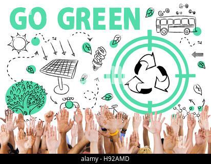 Gehen Sie grün Wiederverwendung Sun Buskonzept Pfeil - Stockfoto