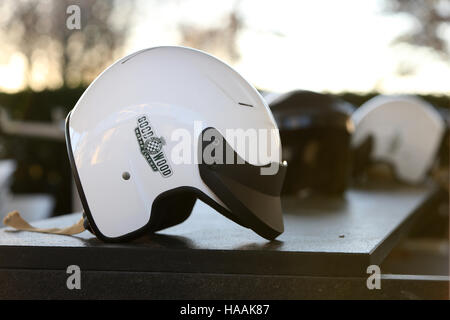 Rennstrecke Goodwood Pressetag, Goodwood, Chichester, West Sussex, UK. - Stockfoto