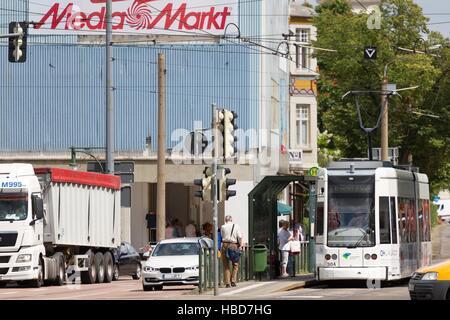 Dessau: Straßenbahn zur Kreuzberg-Straße - Stockfoto