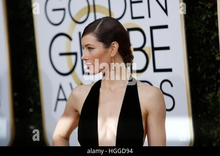 Beverly Hills, uns. 8. Januar 2017. Jessica Biel kommt bei der 74. Annual Golden Globe Awards, Golden Globes in - Stockfoto