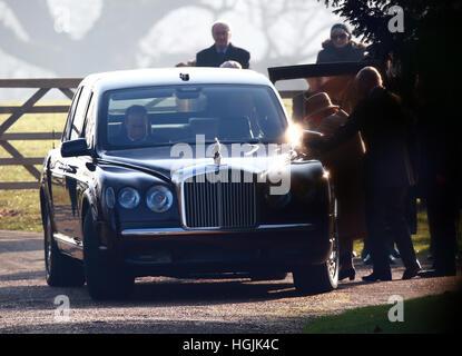 Sandringham, Norfolk, Großbritannien. 22. Januar 2017. HM Königin Elizabeth II zur Kirche in Sandringham. . Sandringham, - Stockfoto