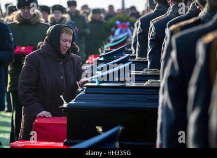 Moscow Region, Russland. 16. Januar 2017. Beerdigung von Tupolew Tu-154 Flugzeug-Crash-Opfer auf dem Federal Militär - Stockfoto