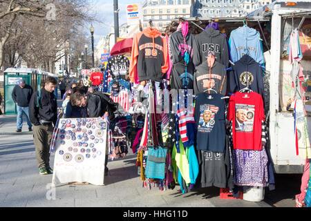 Washington DC, USA. 18. Januar 2017. In der Nähe von das Weiße Haus in Washington, DC, Straßenhändler verkaufen - Stockfoto