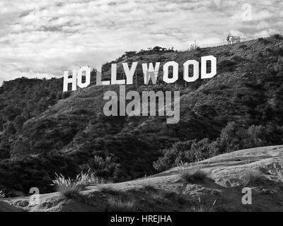 Los Angeles, Kalifornien, USA - 29. September 2010: Die berühmten Hollywood-Schriftzug im beliebten Griffith Park. - Stockfoto