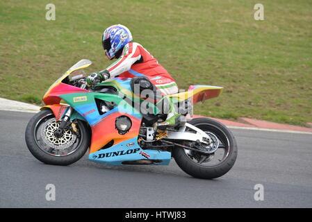 Keine Grenzen Motorrad Track Days - Stockfoto