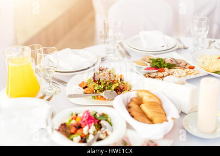 einstellen eines anderen snacks f r catering service stockfoto bild 169667899 alamy. Black Bedroom Furniture Sets. Home Design Ideas