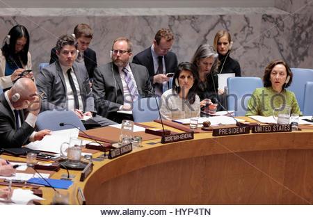Vereinten Nationen, New York, USA. 6. April 2017. Nikki Haley, USA ständiger Vertreter bei den Vereinten Nationen - Stockfoto