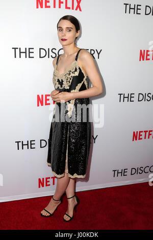 Los Angeles, CA, USA. 29. März 2017. LOS ANGELES - 29 MAR: Rooney Mara bei der Premiere der Netflix '' Discovery'' - Stockfoto