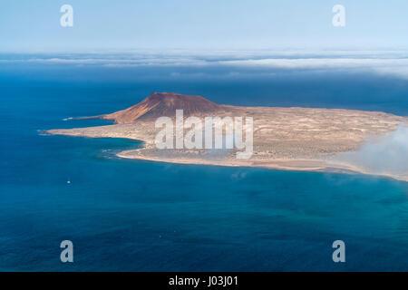 Blick vom Mirador Del Rio auf der Insel La Graciosa, Kanarische Inseln, Spanien - Stockfoto