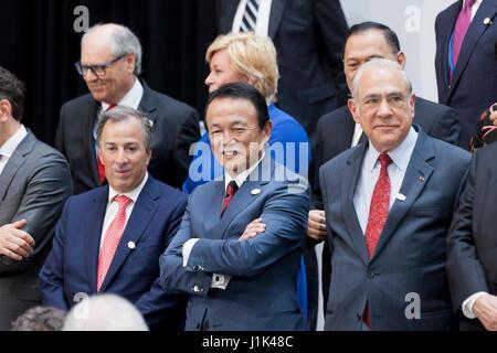 Washington, USA, 21. April 2017: G20-Finanzminister und-Notenbankgouverneure posieren für ein Foto nach dem Treffen - Stockfoto