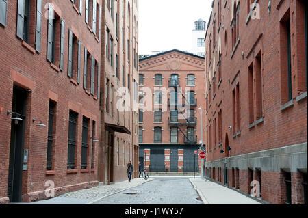 Collister Straße in Tribeca läuft zwei Blocks zwischen Strand und Laight Straßen. Es wurde im Jahre 1808 angelegt - Stockfoto