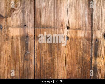 Alte hölzerne braun Planken mit Löchern für Nägel - Stockfoto