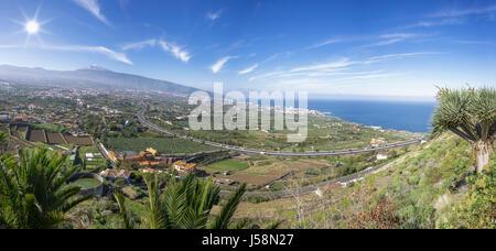 Orotava-Tal mit Teide in Teneriffa - Stockfoto