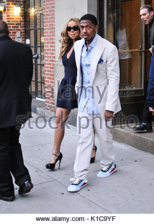 Mariah Carey und Ehemann Nick Cannon. Mariah Carey und Ehemann Nick Cannon verlassen ihr New Yorker Apartment auf - Stockfoto