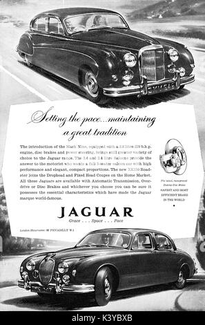 jaguar xk150 motorwagen stockfoto bild 25468439 alamy. Black Bedroom Furniture Sets. Home Design Ideas