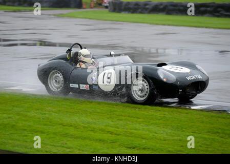 1958 Lister Jaguar Bügeleisen im Besitz und unter der Leitung von Steve Boultbee Brooks racing in den Sussex Trophy - Stockfoto
