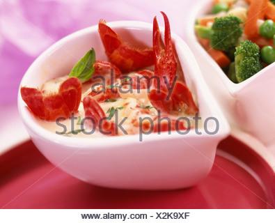 Krebse in Soße - Stockfoto