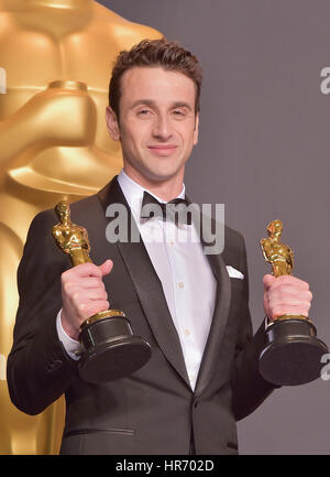 Hollywood, CA. 26 feb, 2017. Justin hurwitz, en la 89ª anual de los premios de la academia Sala de prensa en el Foto de stock