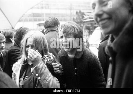 Mariage civil de Paul McCartney et Linda Eastman, Marylebone Register Office, Londres, 12 mars 1969. Banque D'Images