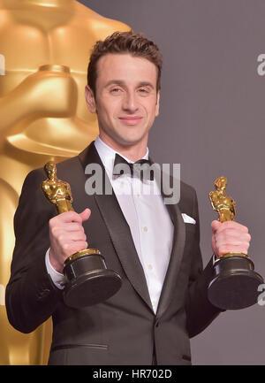 Hollywood, ca. 26 febbraio, 2017. justin hurwitz, a 89annuale di academy awards press room di Hollywood & Highland Foto Stock